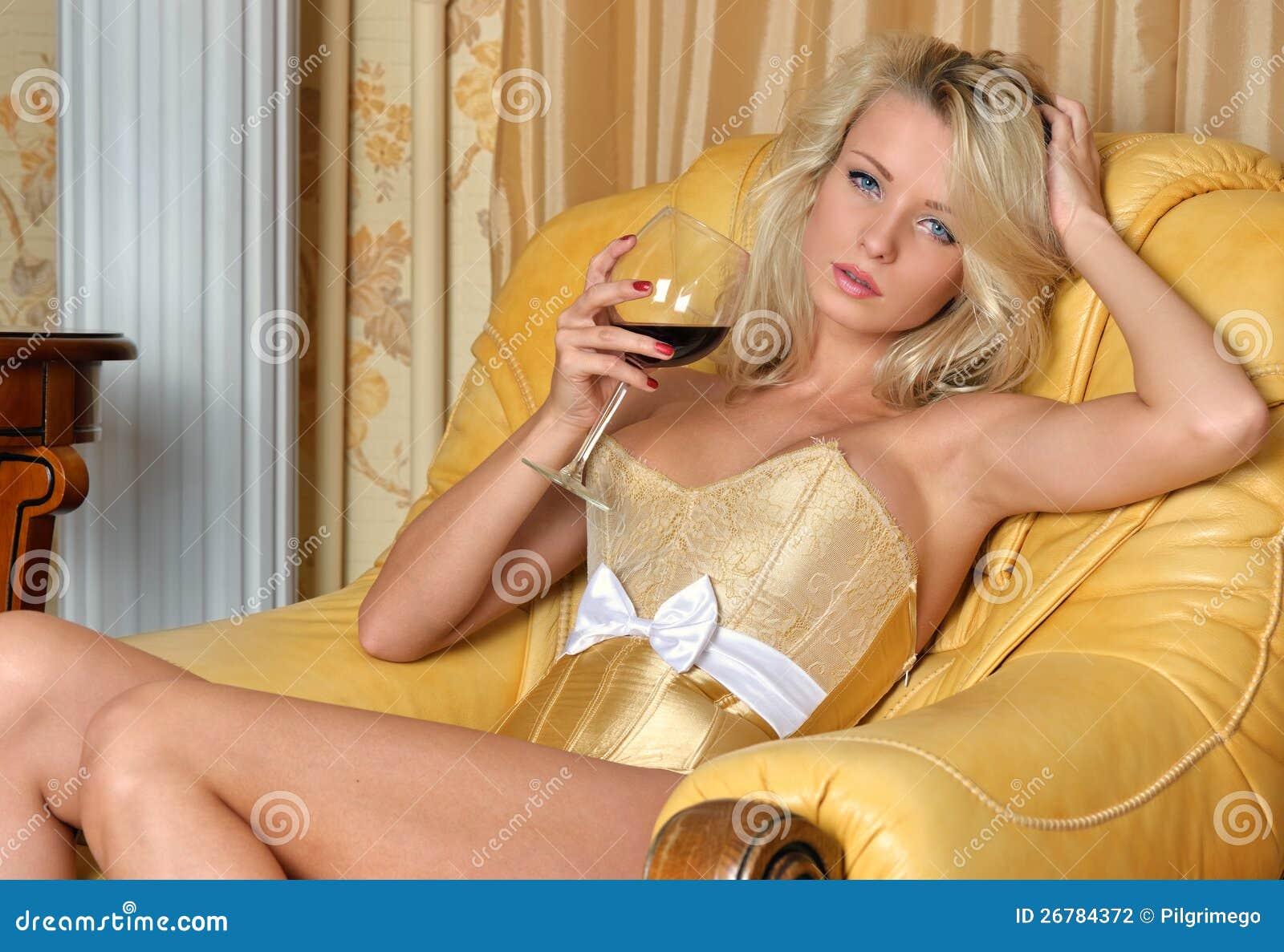 intima bella donna lingerie