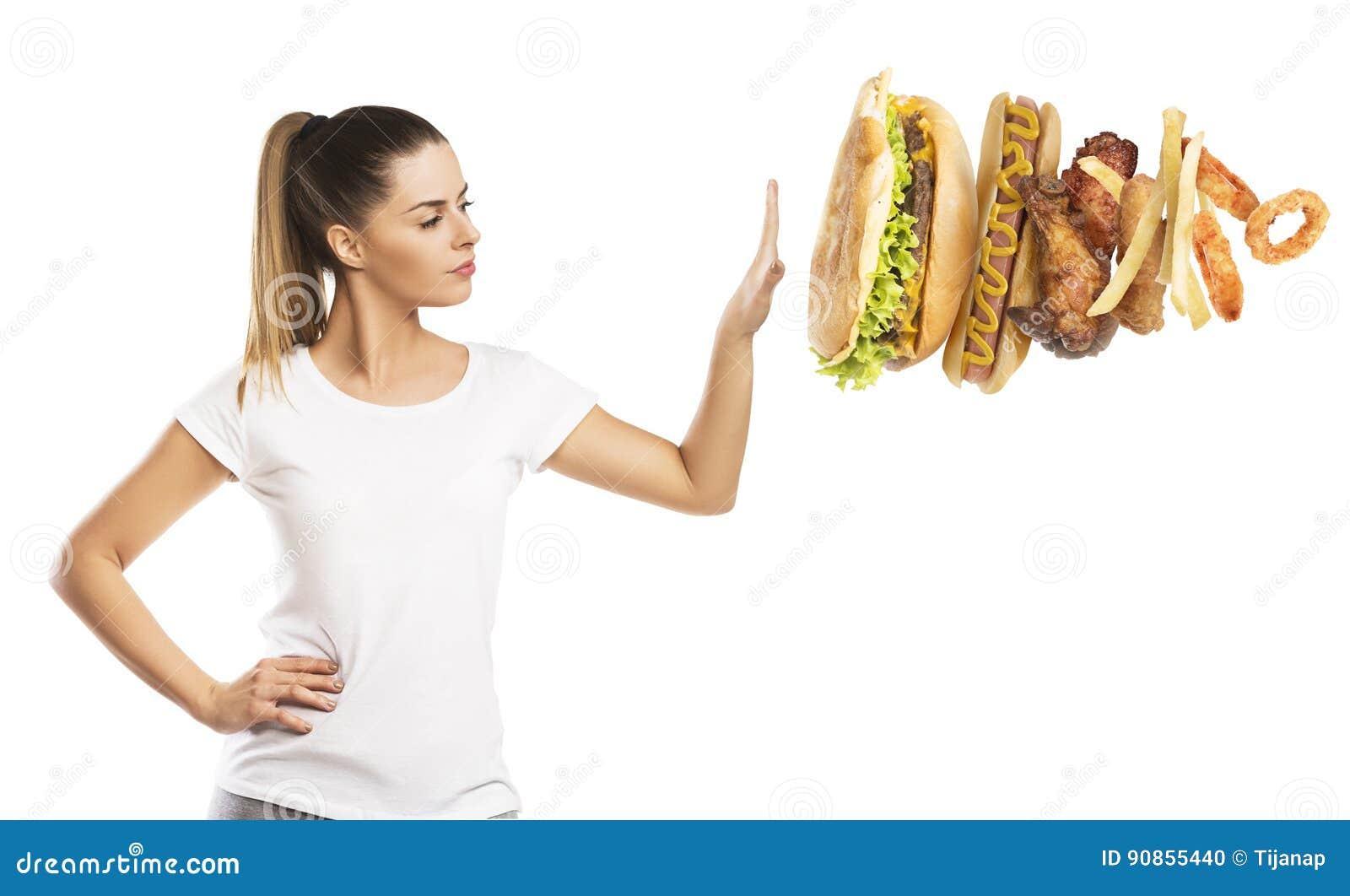 Bella donna che dice NO all alimento non sano