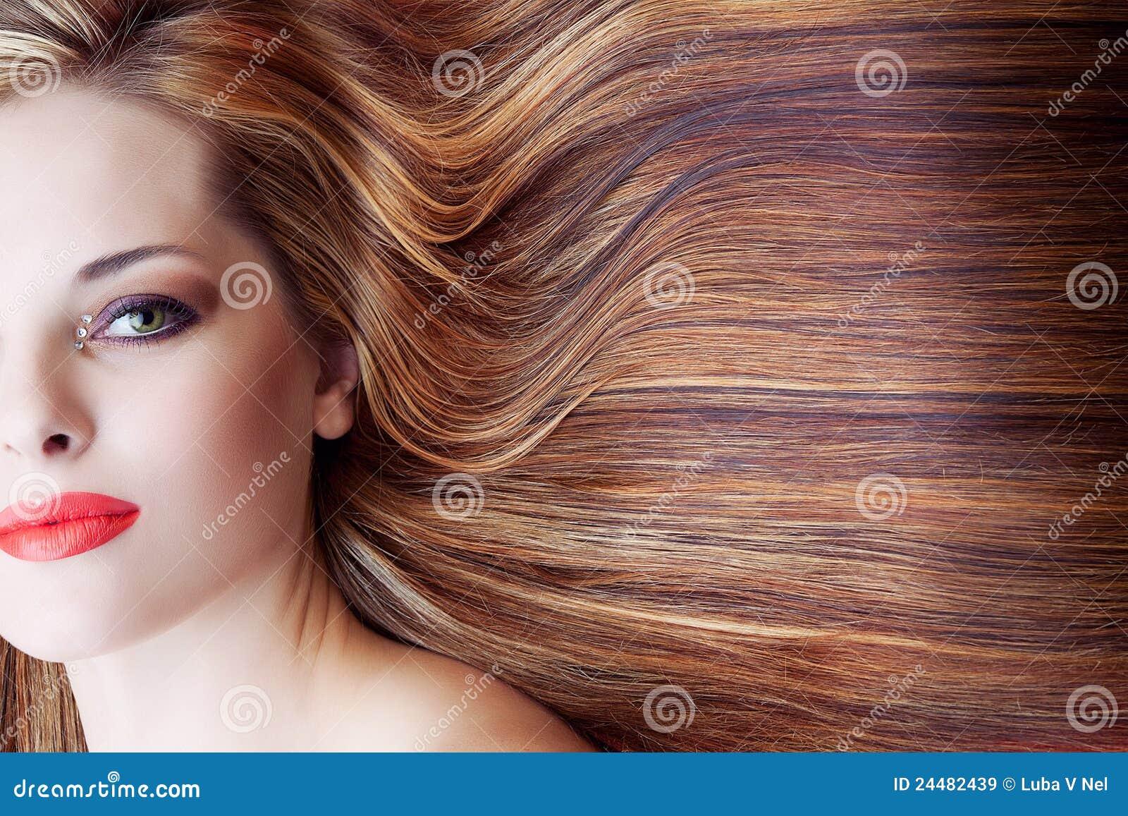 Bella Donna Con Capelli Lunghi Immagine Stock - Immagine ...