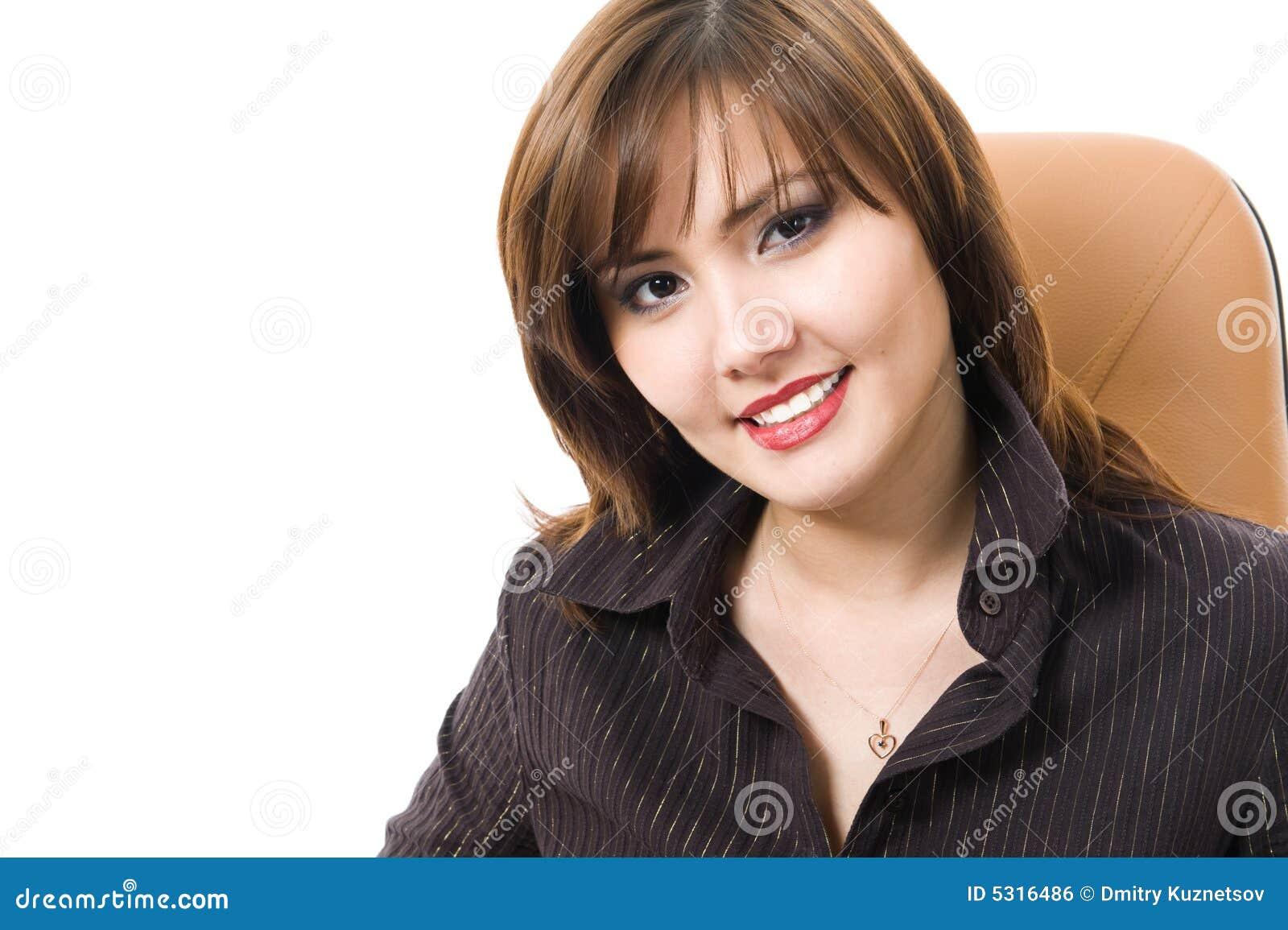Download Bella Donna Di Affari Che Esamina Macchina Fotografica. Fotografia Stock - Immagine di blank, businesswoman: 5316486