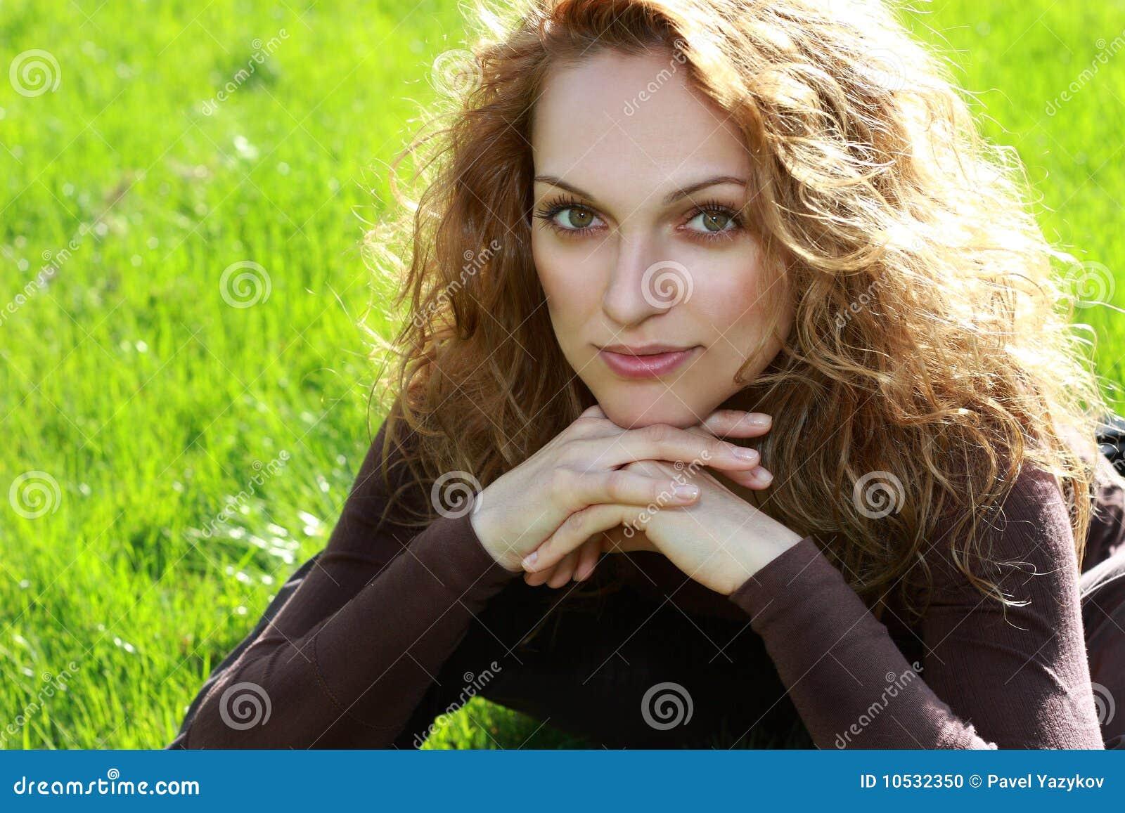 Bella giovane donna