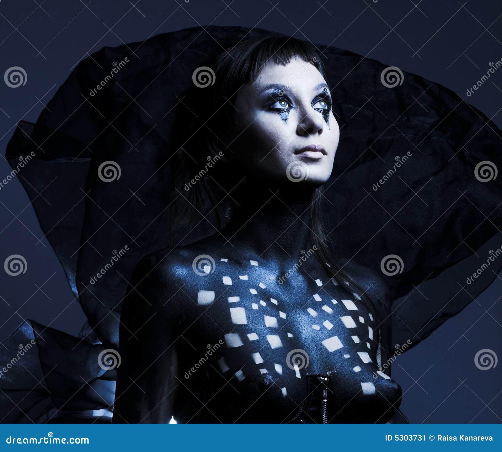 Download Bella ragazza gotica immagine stock. Immagine di bellezza - 5303731