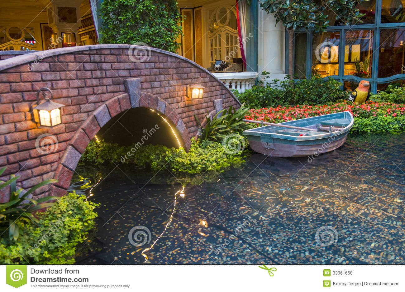 Bellagio Hotel Conservatory Botanical Gardens Editorial Stock Photo Image 33961658