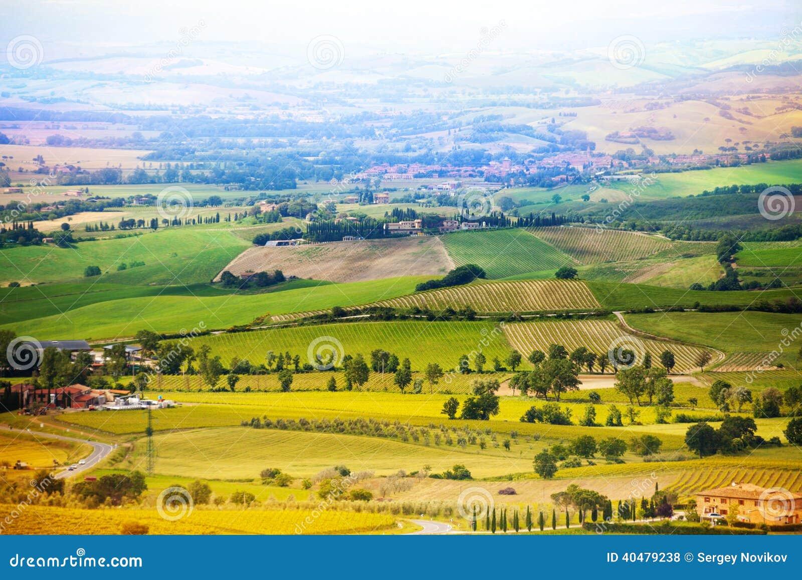 Belle campagne dans le paysage de la Toscane, Italie