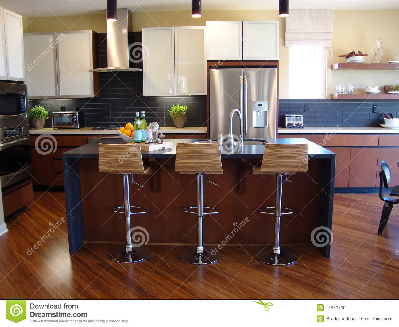 Belle cuisine moderne photo stock image 11859790 for Belle cuisine moderne