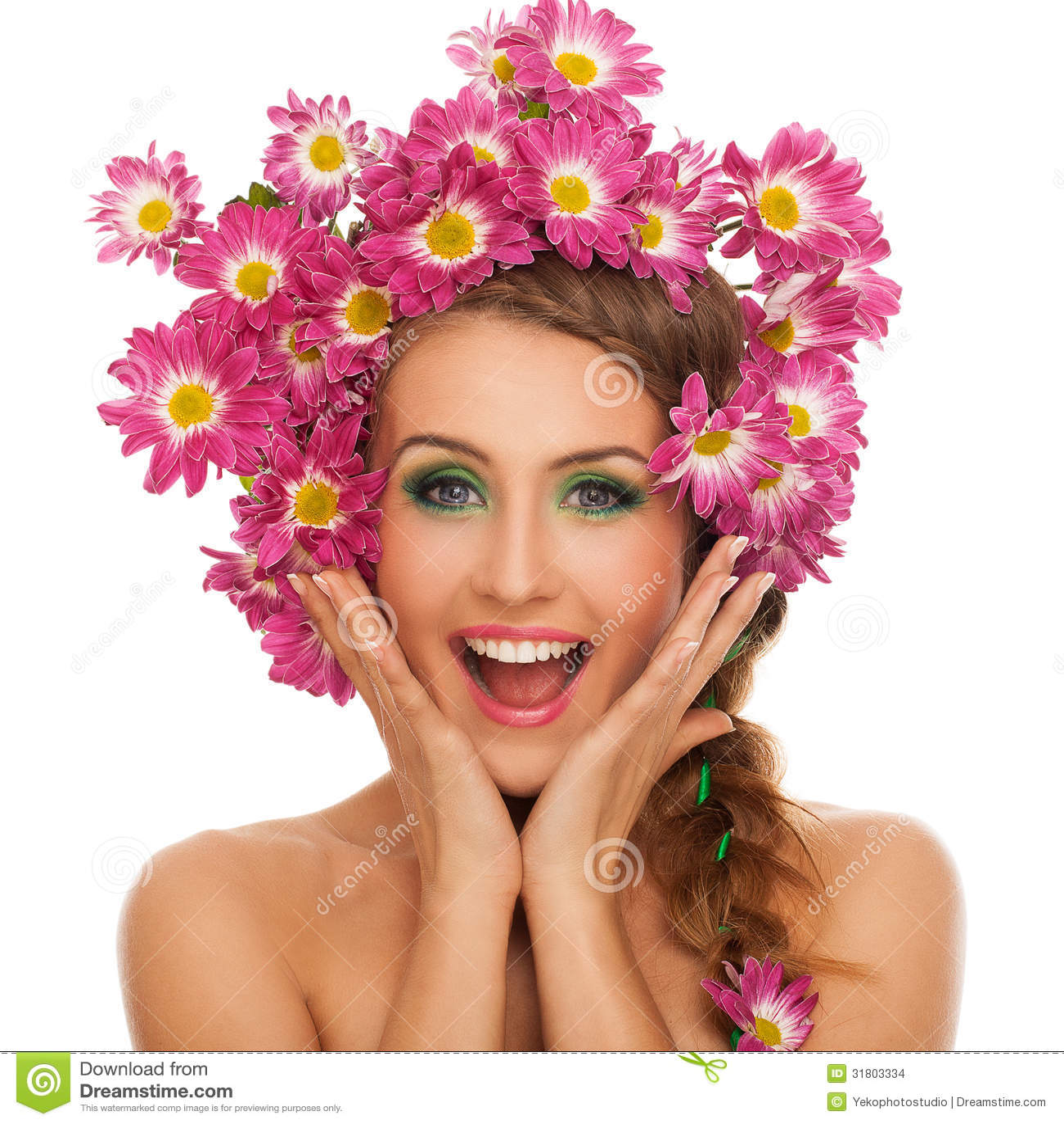 belle femme avec des fleurs dans les cheveux photo stock image 31803334. Black Bedroom Furniture Sets. Home Design Ideas