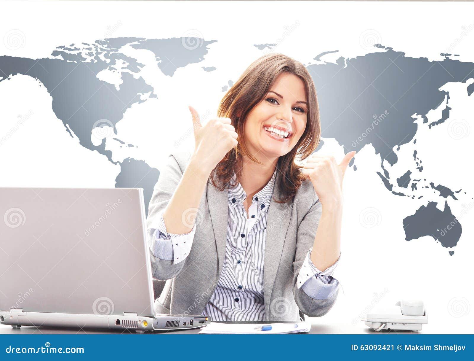 Download Belle Femme D'affaires Avec Des Pouces Dans Le Bureau Image stock - Image du global, carte: 63092421