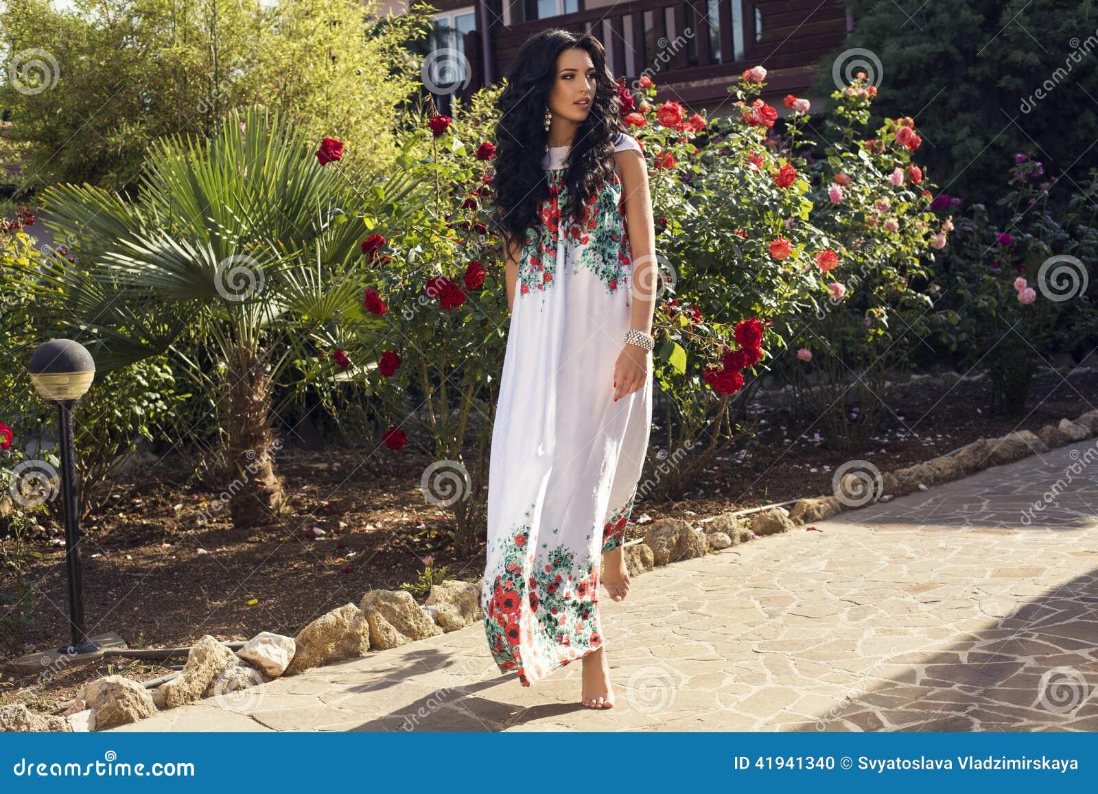 Femme qui cherche gardien villa
