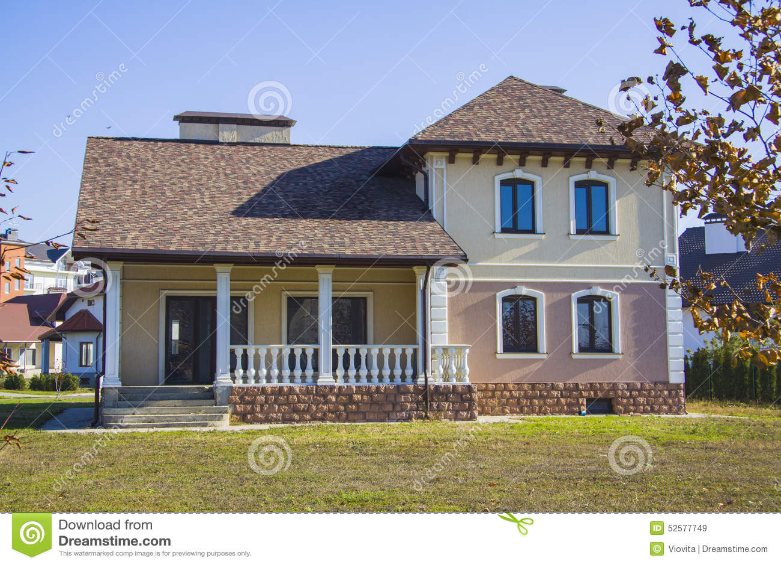 belle maison image stock image du patrimoine fa ade. Black Bedroom Furniture Sets. Home Design Ideas