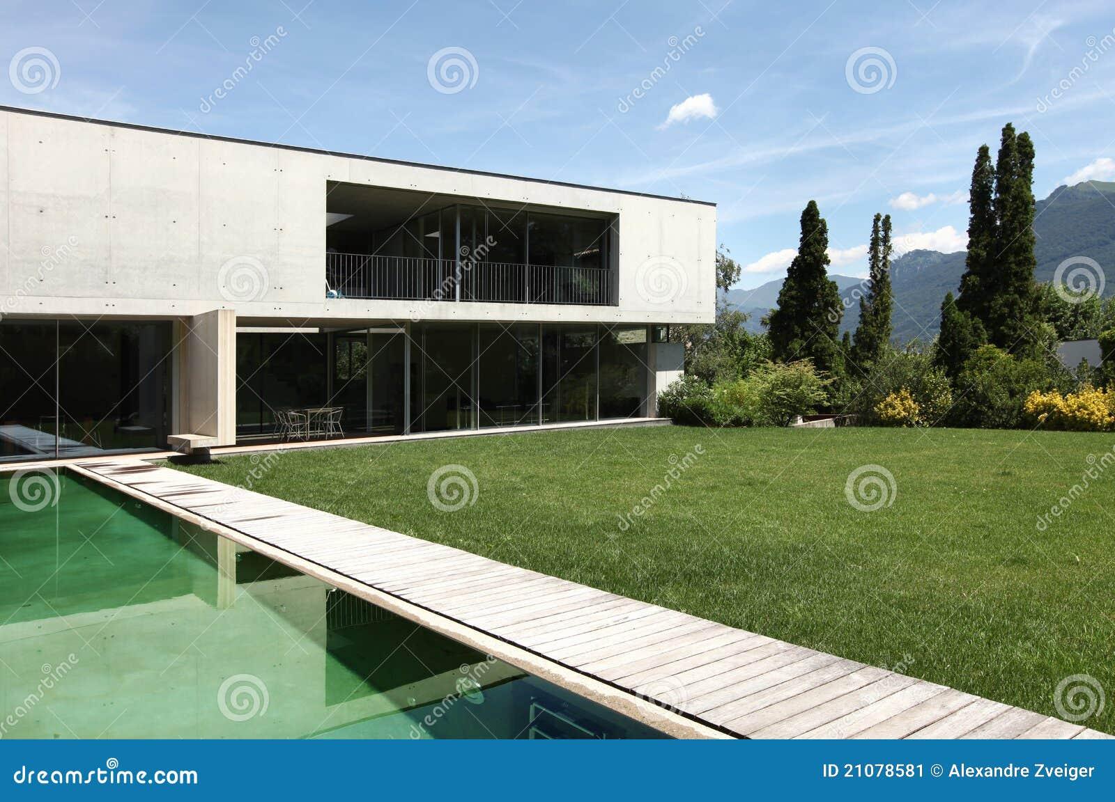Belle maison moderne l 39 ext rieur image stock image 21078581 - Belle maison moderne ...