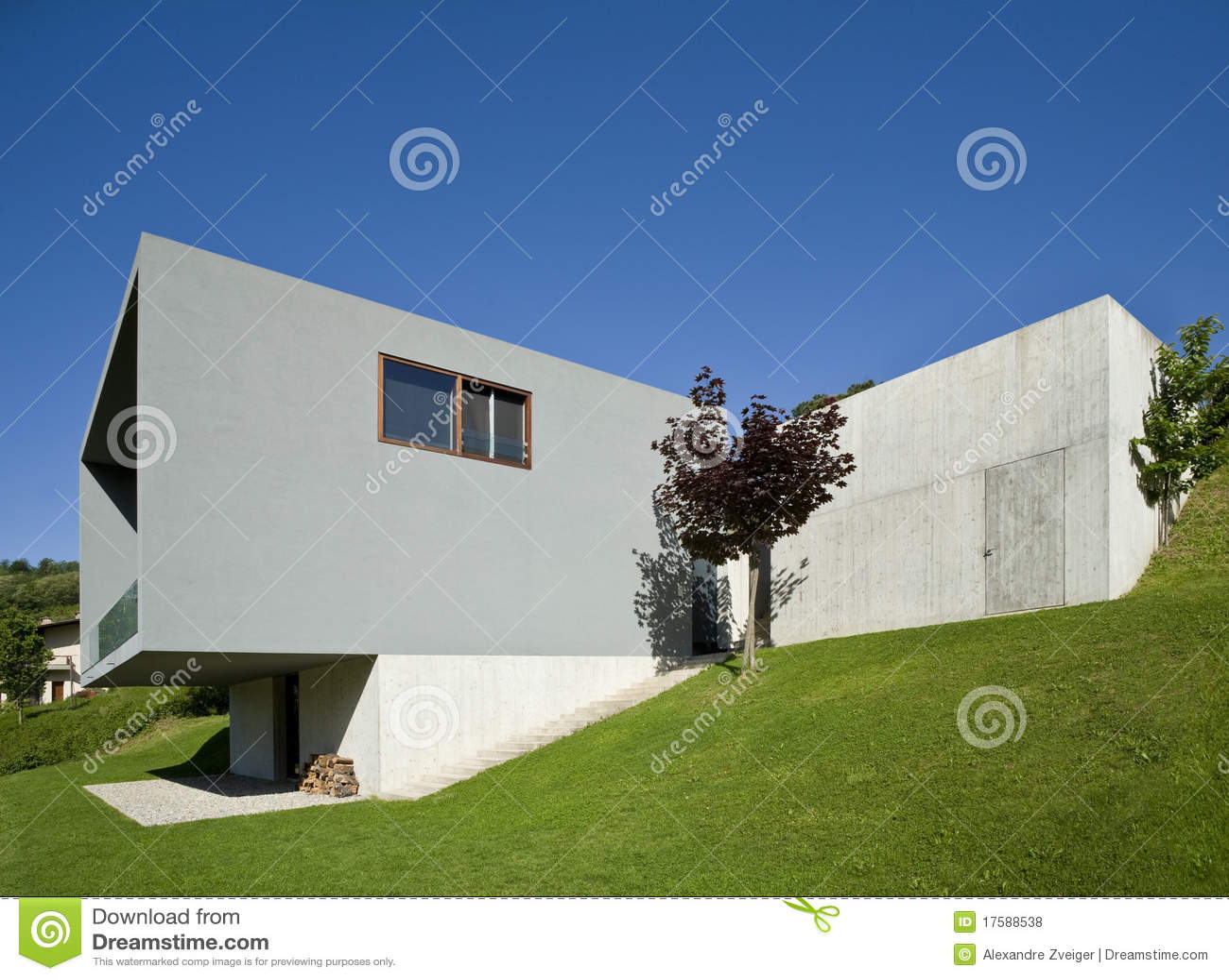Belle maison moderne photos libres de droits image 17588538 - Belle maison moderne ...