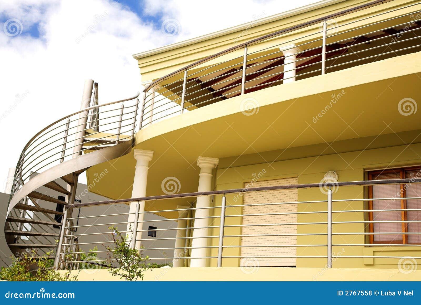 Belle maison moderne photos libres de droits image 2767558 - Belle maison moderne ...
