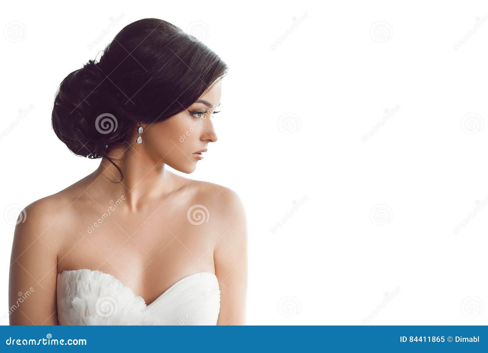 Belle Mariée Concept De Luxe De Robe De Mode De Maquillage De ...