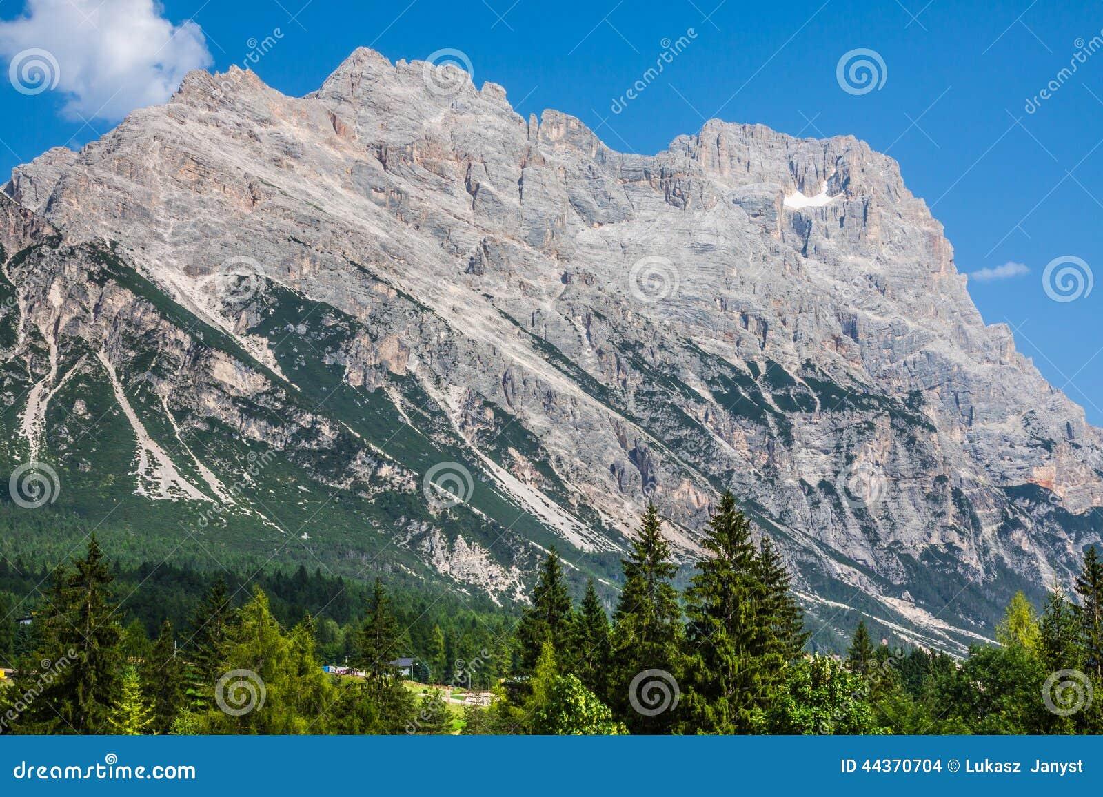 Belle montagne della dolomia vicino a Cortina d Ampezzo, Pomagagnon