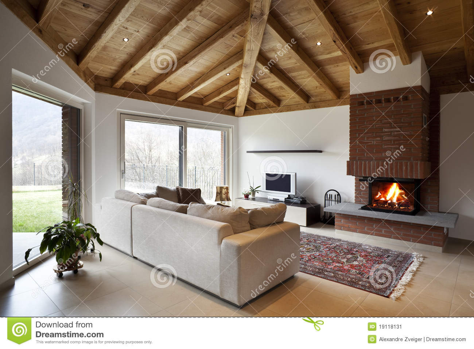 Belle nouvelle maison, intérieur moderne