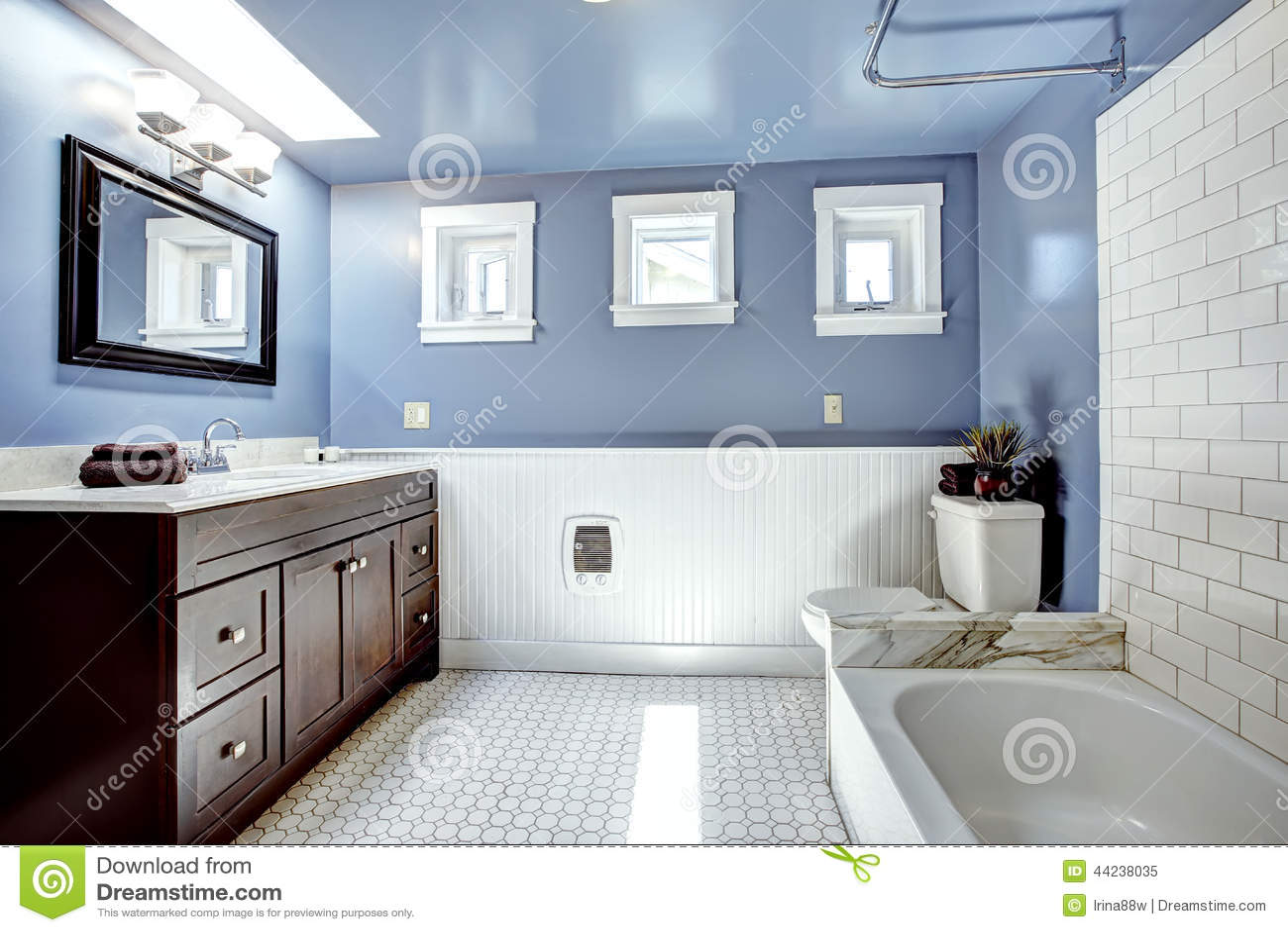Salon moderne casablanca for Belle salle de bain contemporaine