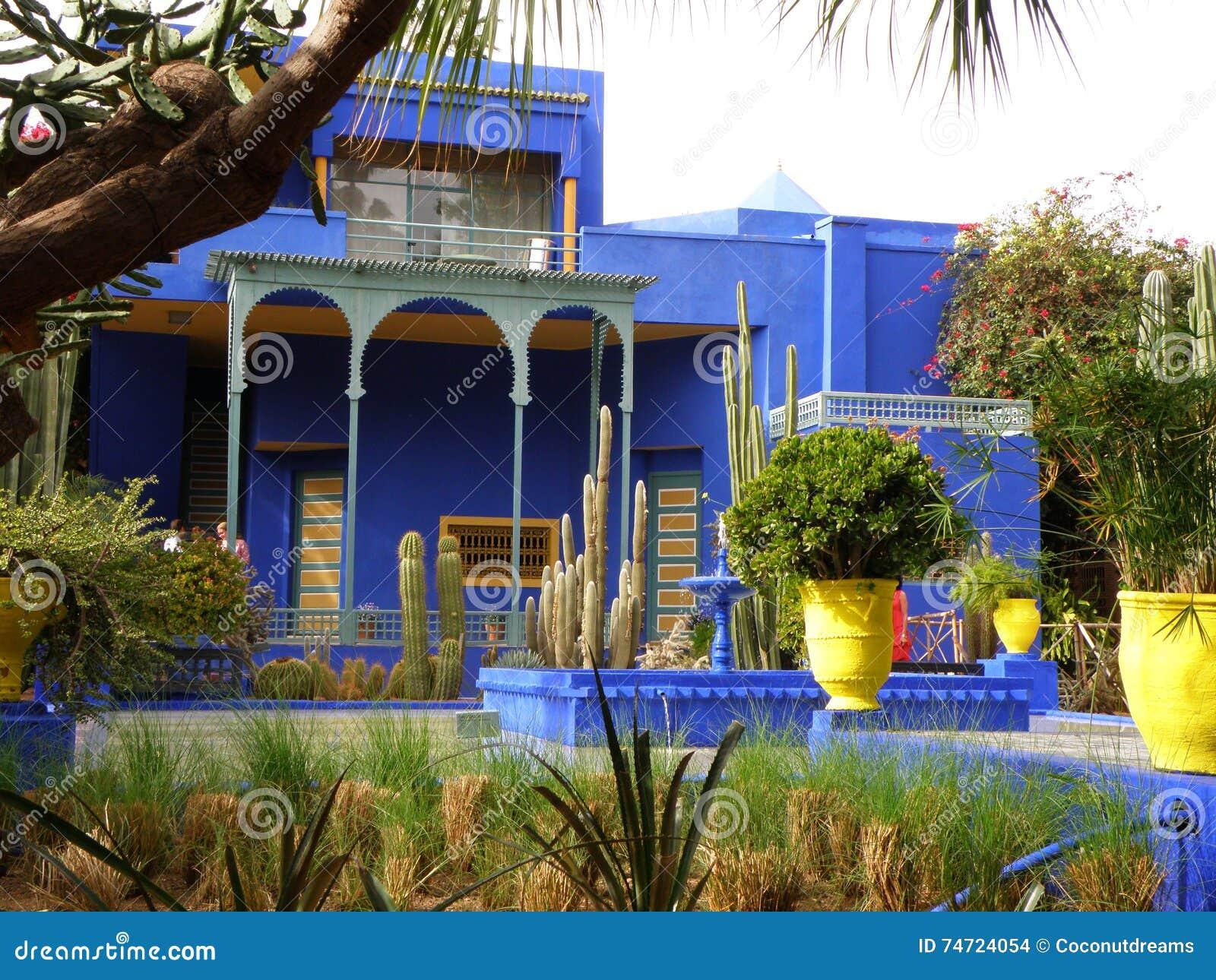 Belle Villa Bleue Dans Le Jardin Marocain De Style Marrakech Maroc