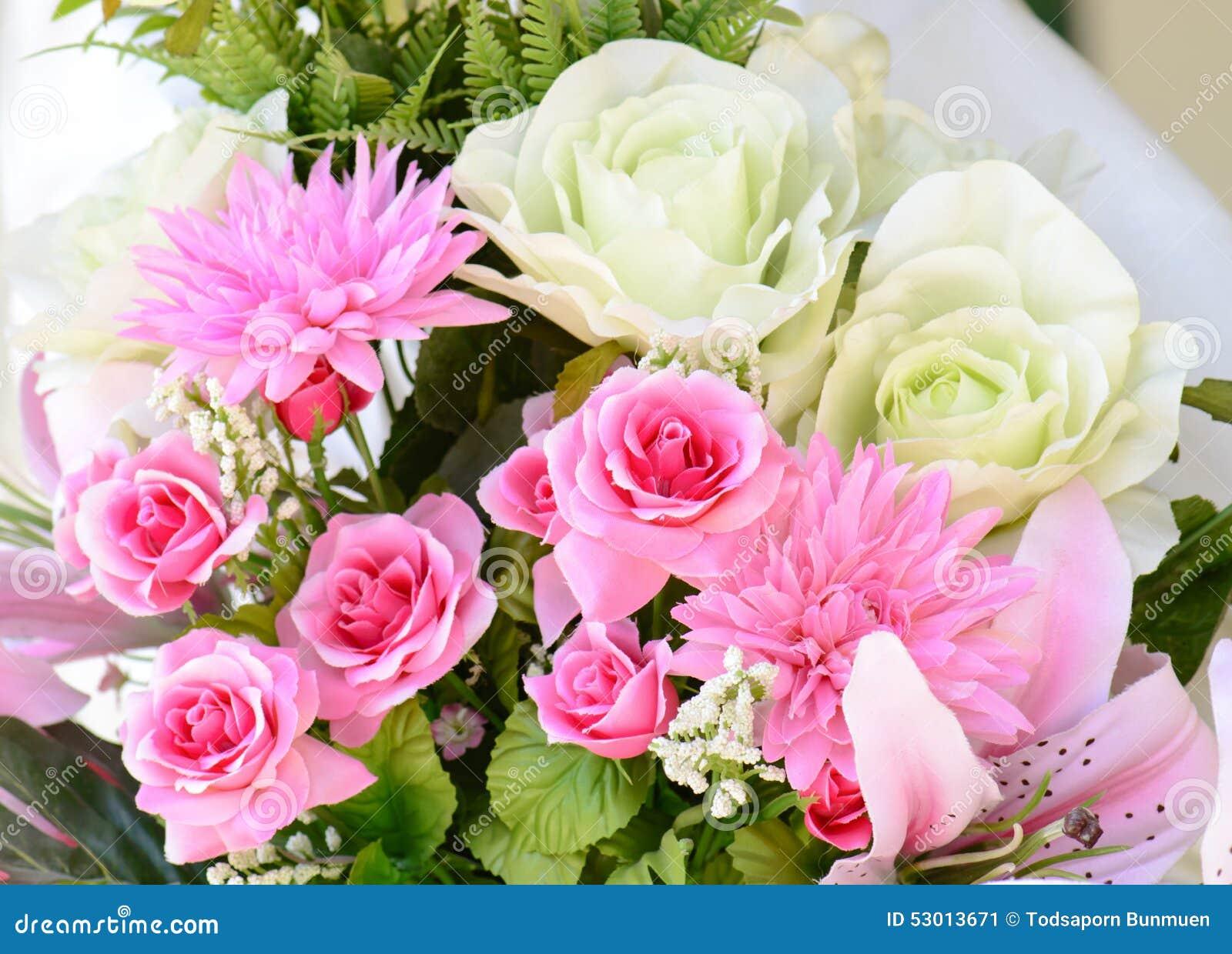 Belles Fleurs De Fleurs De Fond Color De Bouquet Image