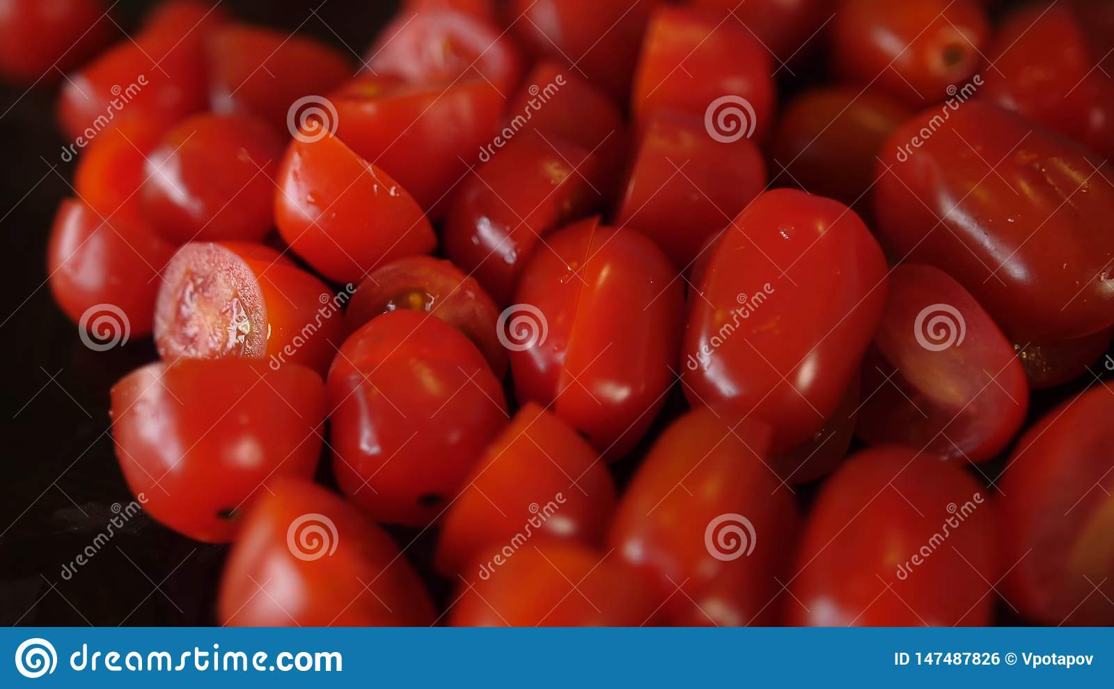 Belles tomates fra?ches Cherry Tomatoes