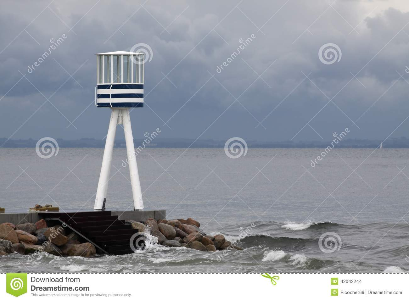 Bellevue Beach Lifeguard Tower Stock Photo Image 42042244