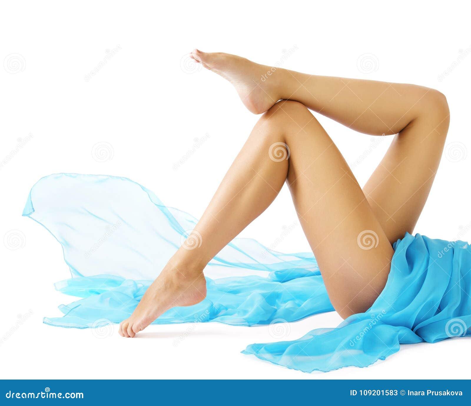 Bellezza delle gambe della donna, ente regolare femminile, depilazione di cura di pelle della gamba