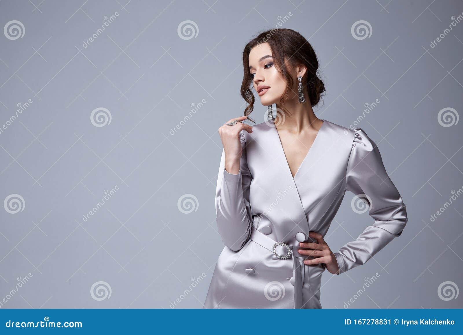 Bellissima Donna D'affari Sexy Capelli Di Brunette Con ...