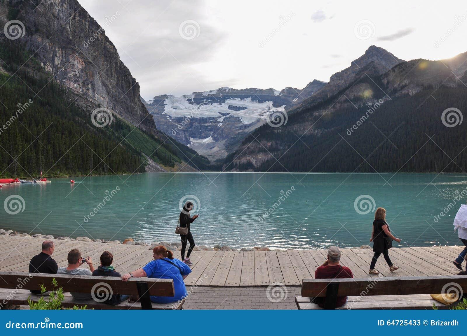 Bello Lake Louise in tutto è la purezza, Alberta, Canada