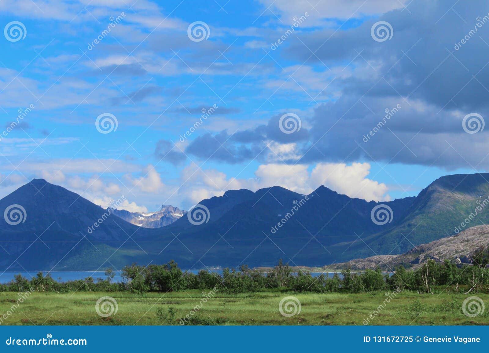 Bello paesaggio norvegese