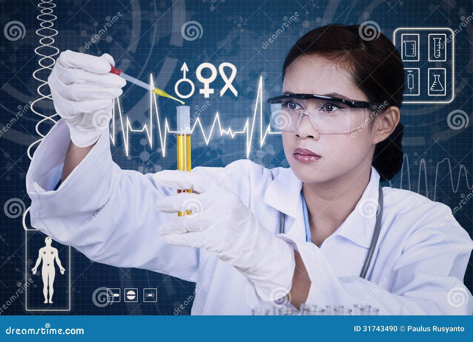 Bello scienziato femminile che per mezzo della pipetta su fondo digitale