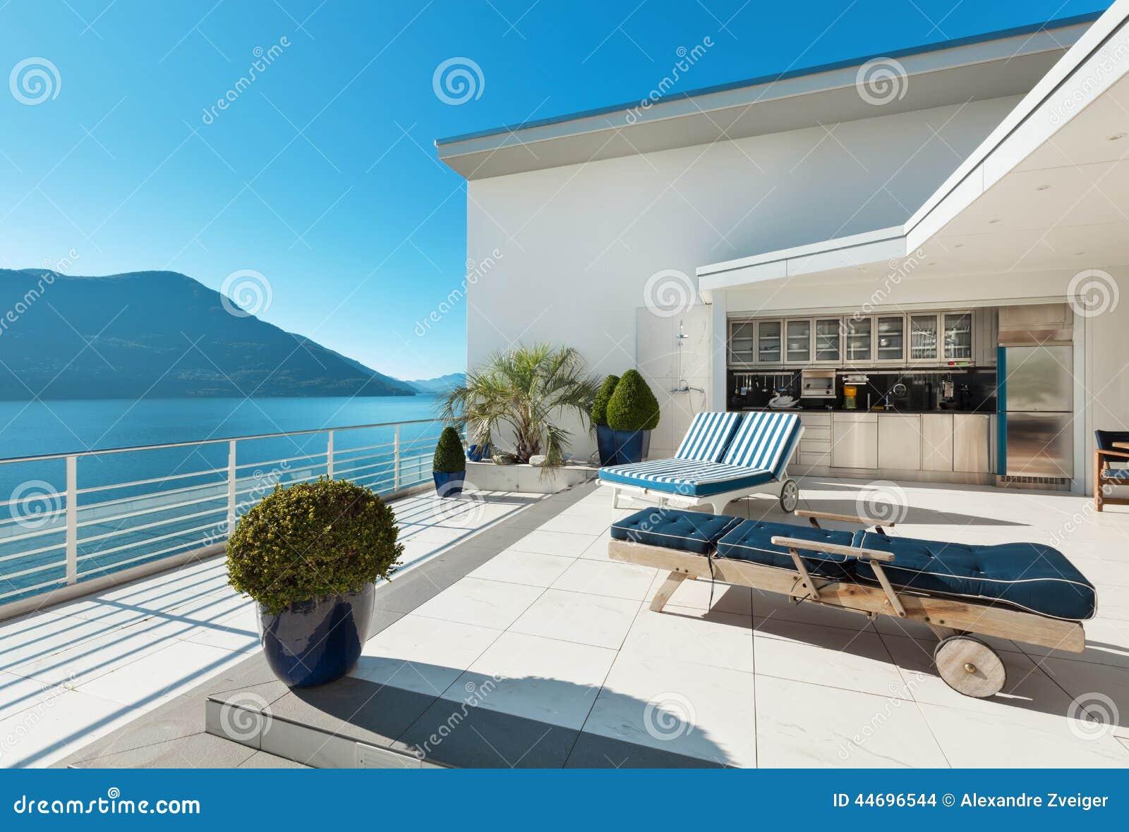 Stunning Arredare Il Terrazzo Di Un Attico Images - Idee Arredamento ...