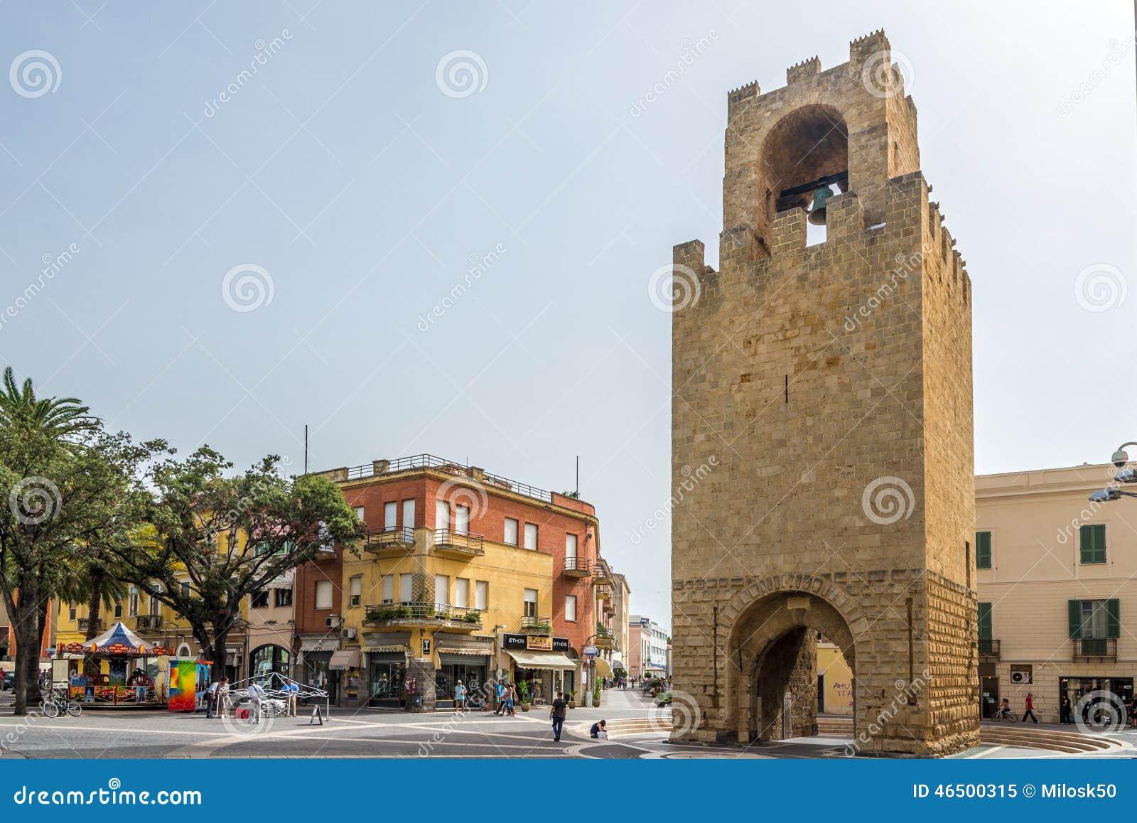 Belltower von Oristano an Mannu-Quadrat in Sardinien