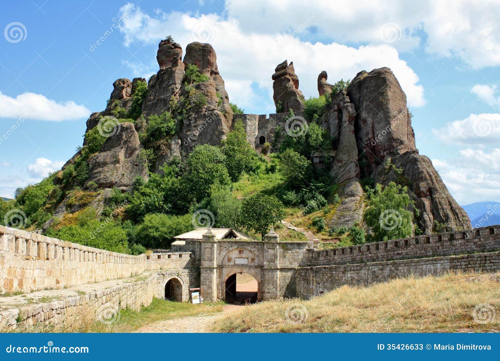 The Belogradchik Rocks Wonder Stock Photos Image 35426633