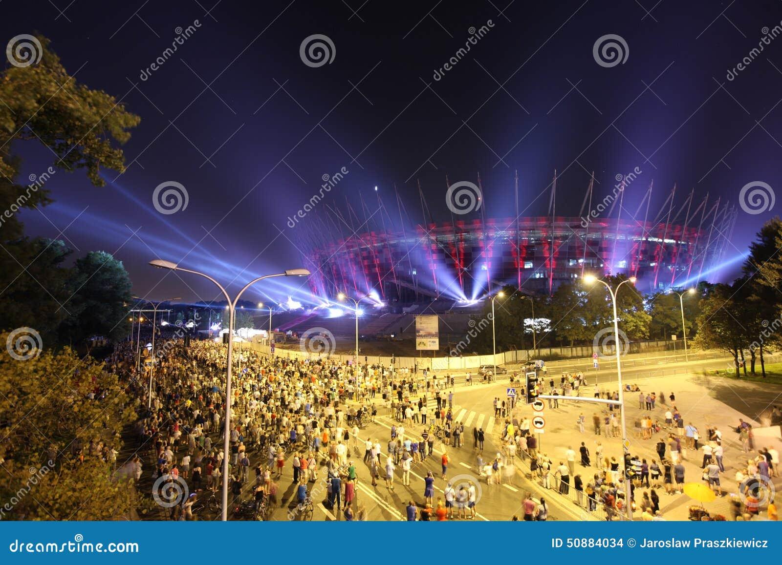 Belysning Av Den Nationella Stadion För Fasad I Warszawa, Polen ... : belysning fasad : Inredning