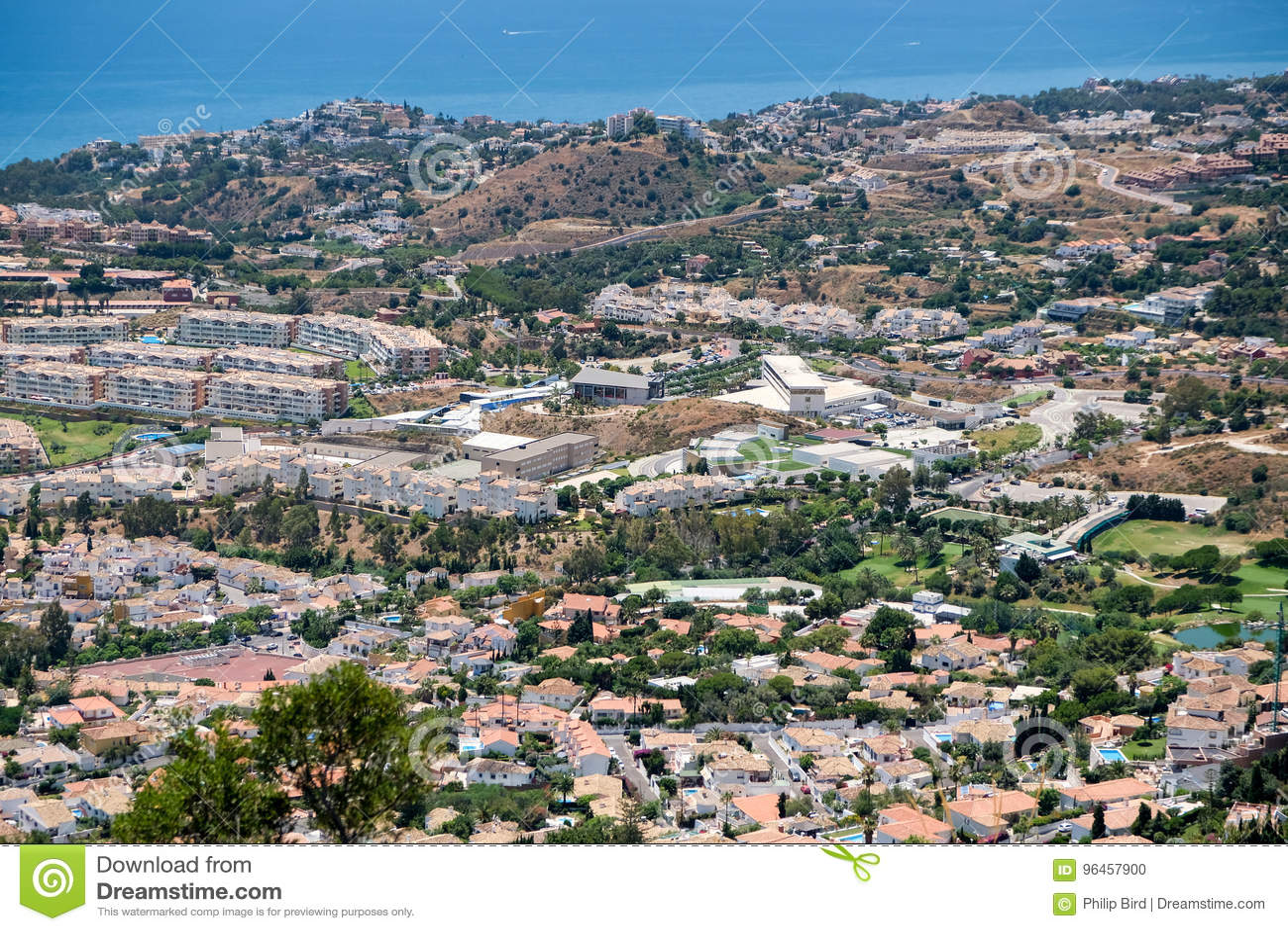 BENALMADENA, ANDALUCIA/SPAIN - 7. JULI: Ansicht vom Berg Calamorr