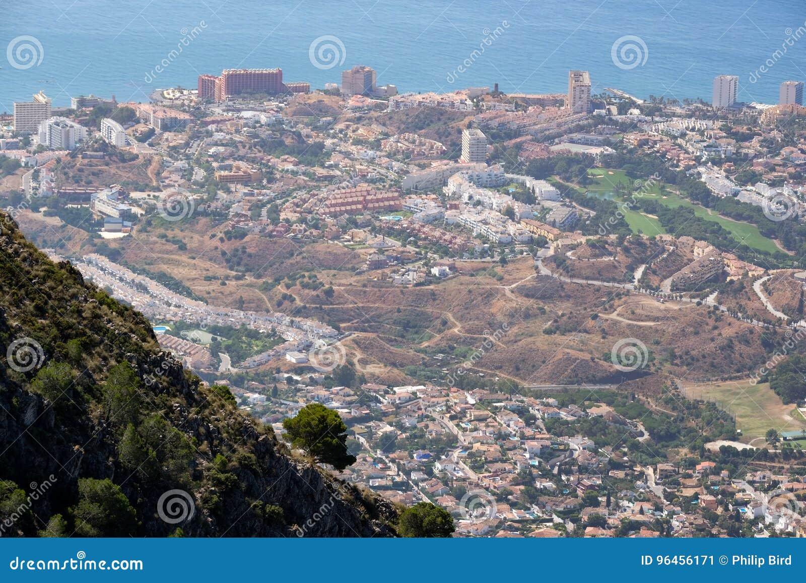 BENALMADENA, ANDALUCIA/SPAIN - LIPIEC 7: Widok od góry Calamorr