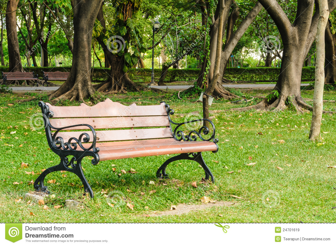 Bench In The Park Royalty Free Stock Images - Image: 24701619