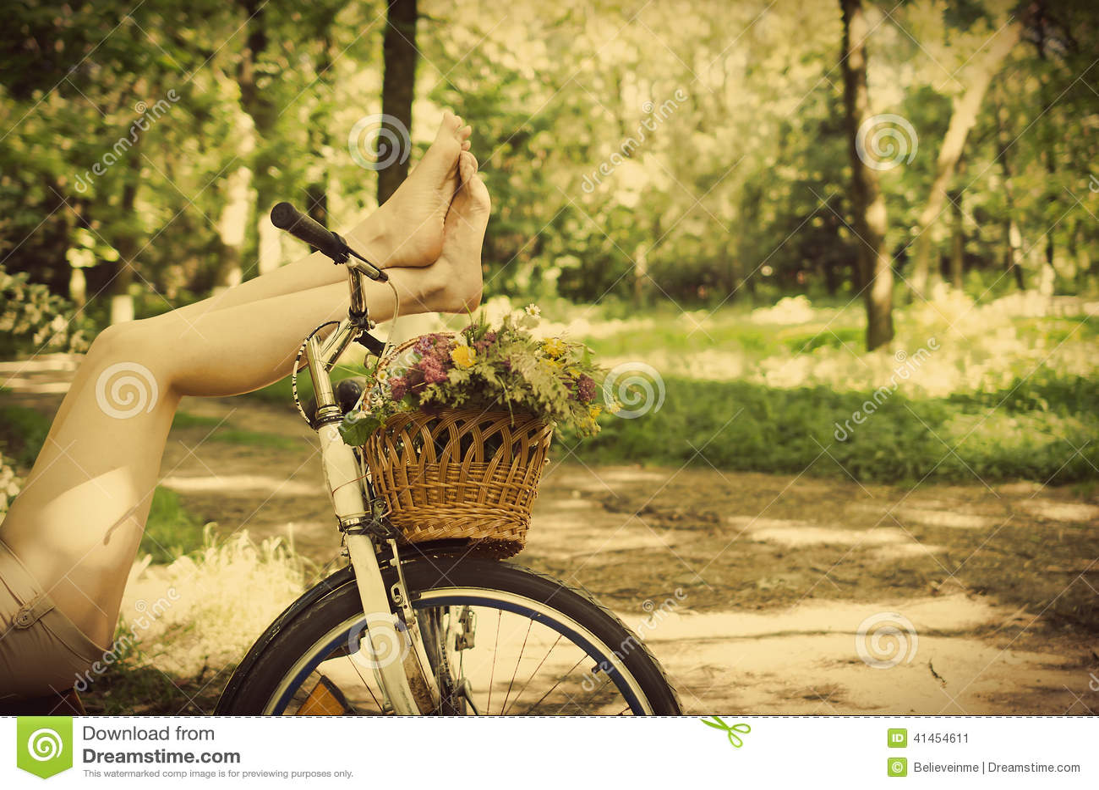 Benen op een fiets