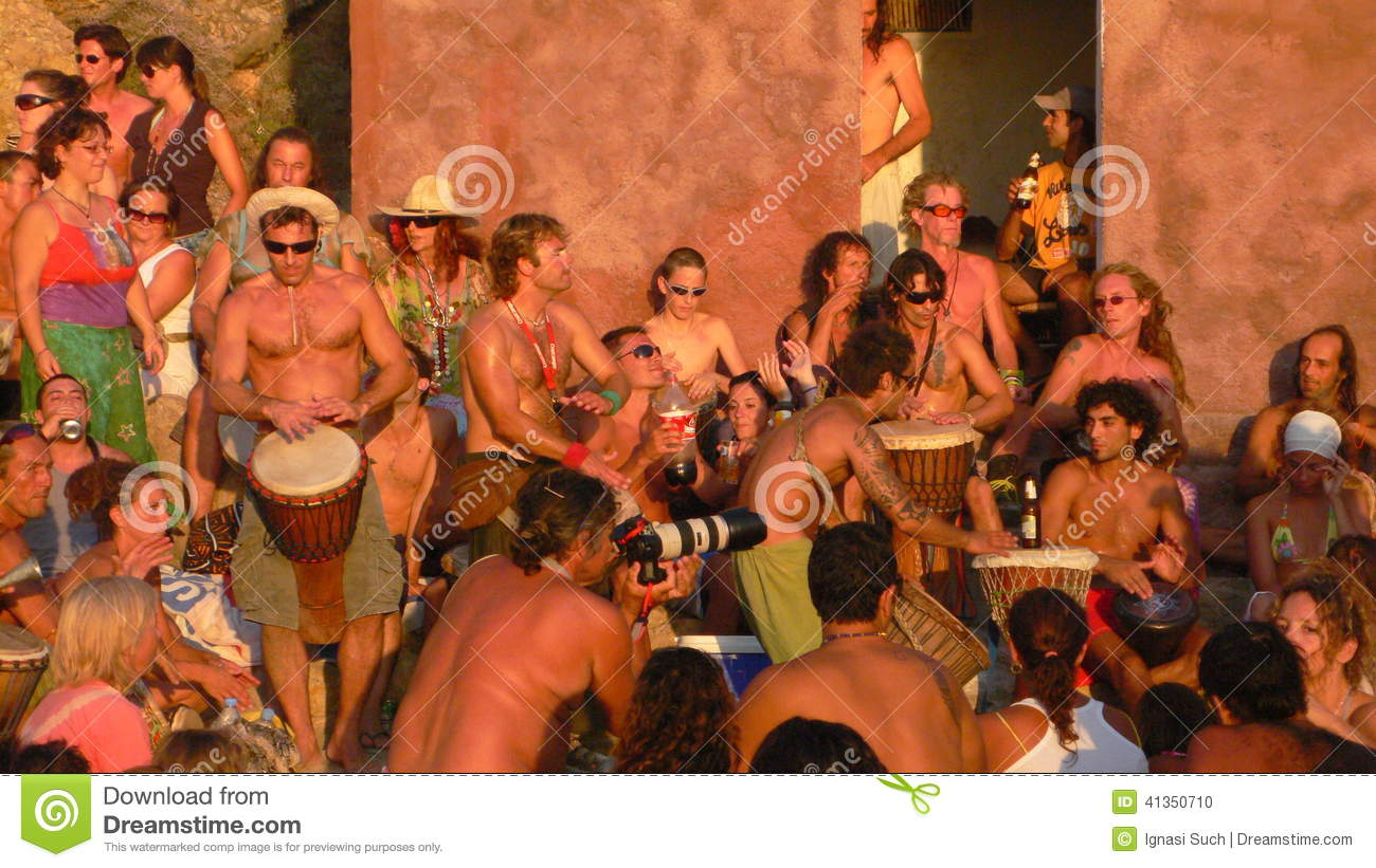 ... Playing Drums And Other Instruments. Editorial Image - Image: 41350710