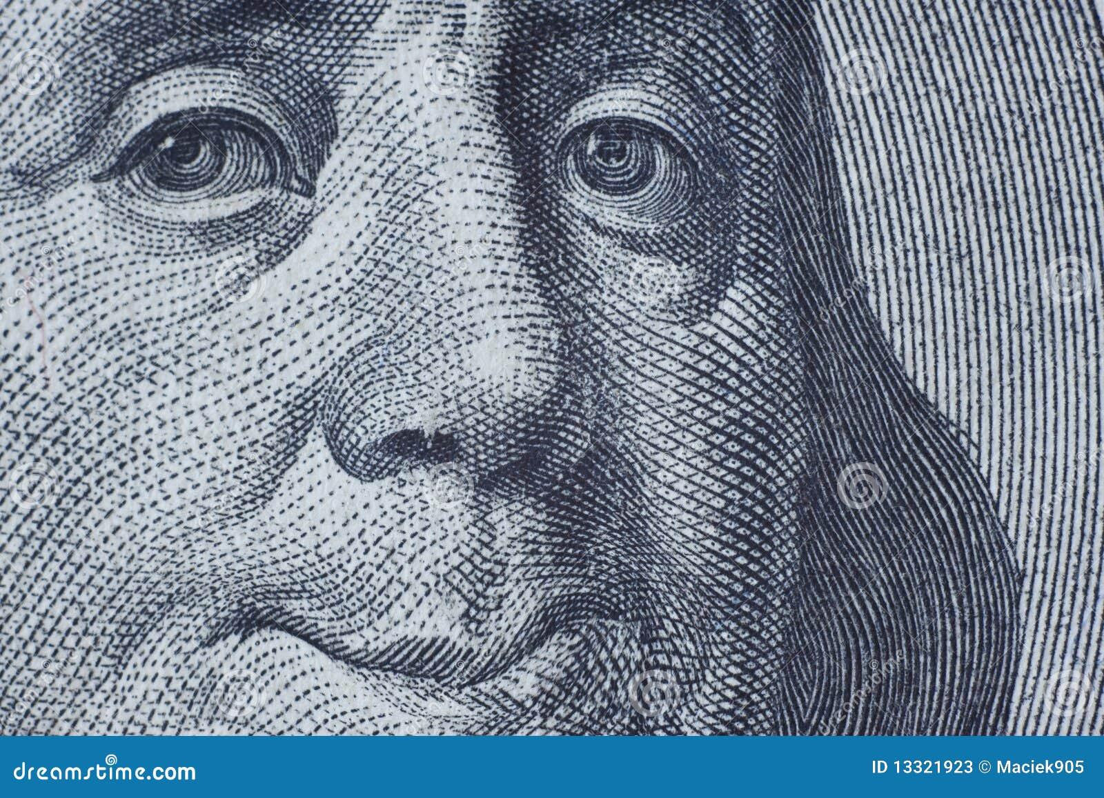 Benjamin Franklin que sorri a você.