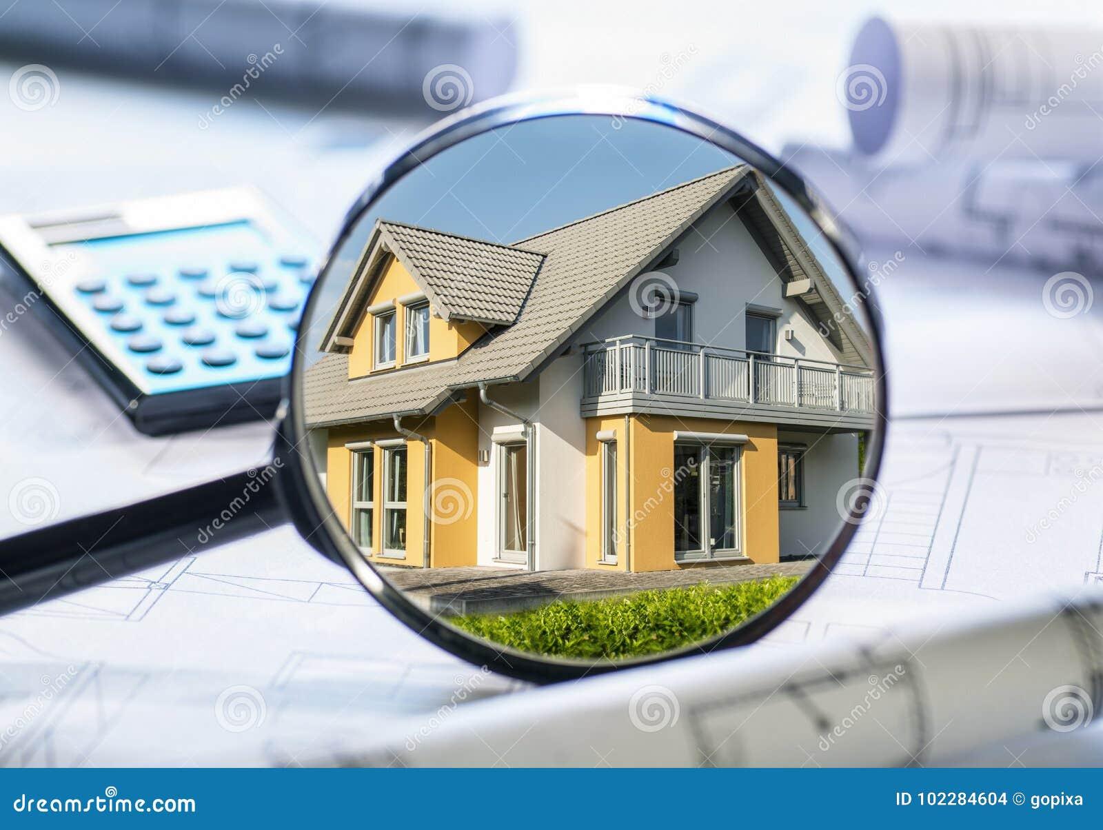 Bens imobiliários no foco