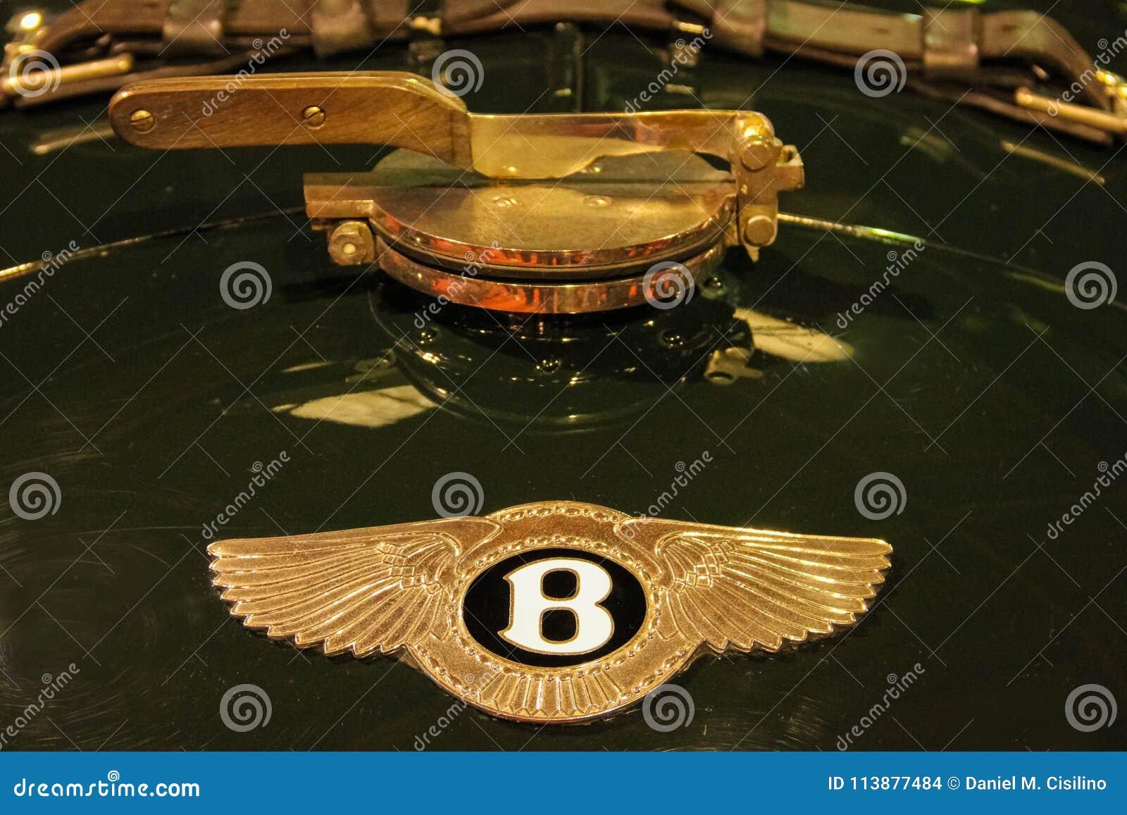 Vintage Car Bentley Emblem Editorial Stock Image Image Of Classic Automotive 113877484