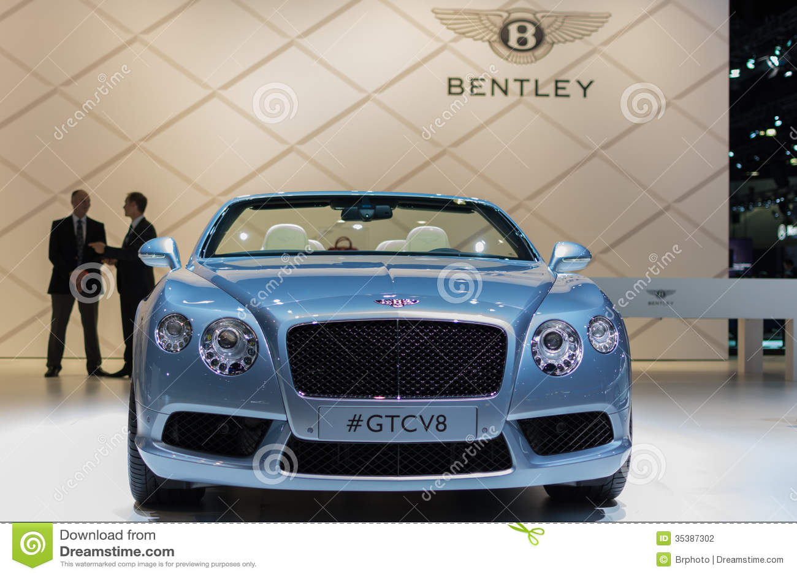 bentley gtcv8 car on display at the la auto show. Black Bedroom Furniture Sets. Home Design Ideas