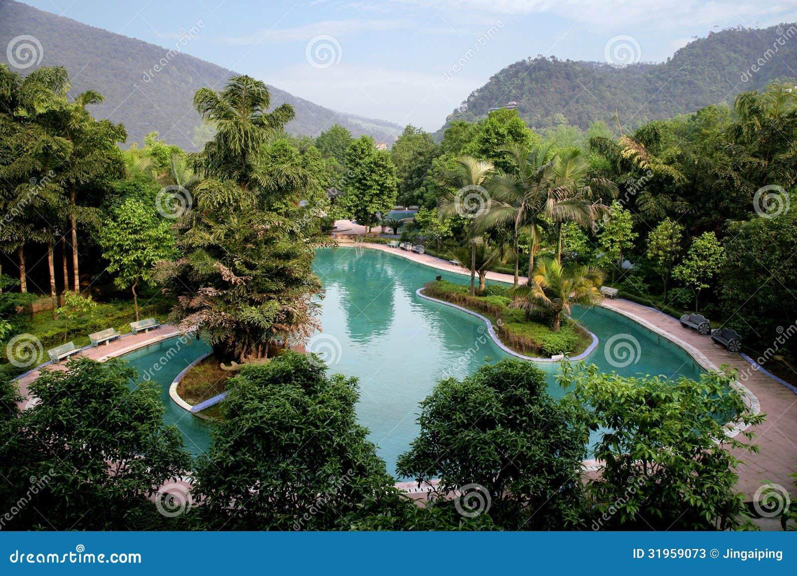 Berühmte touristische szenische Stelle Chongqing East Hot Springs Spa des Chinesen himmlisch