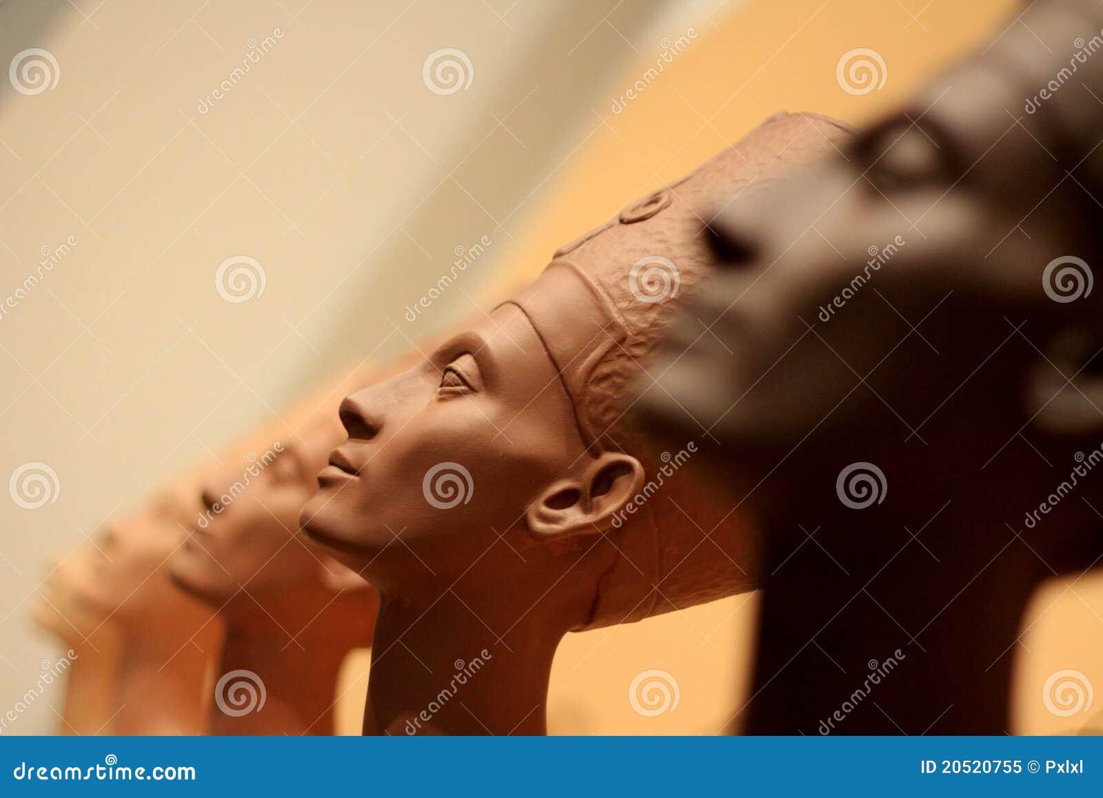 Berühmter Fehlschlag der Königin Nefertiti