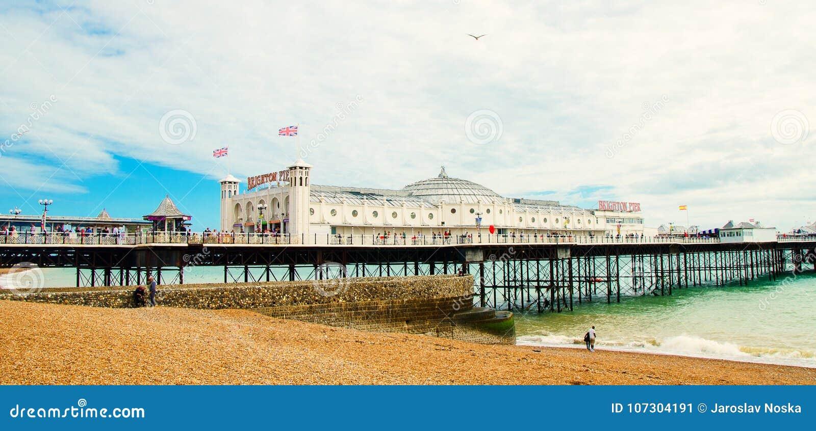 Berühmter Pier auf Englisch Brighton