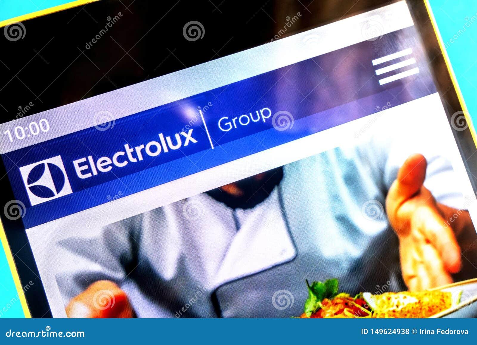 Berdyansk, Ucrania - 3 de abril de 2019: Editorial ilustrativo, homepage de la página web del grupo de Electrolux Logotipo del gr