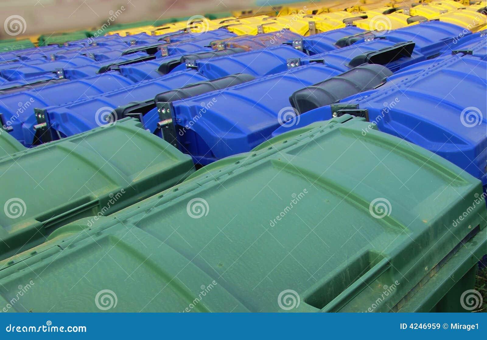 Bereiten Sie Stauräume, Grün, Blau und Gelb auf