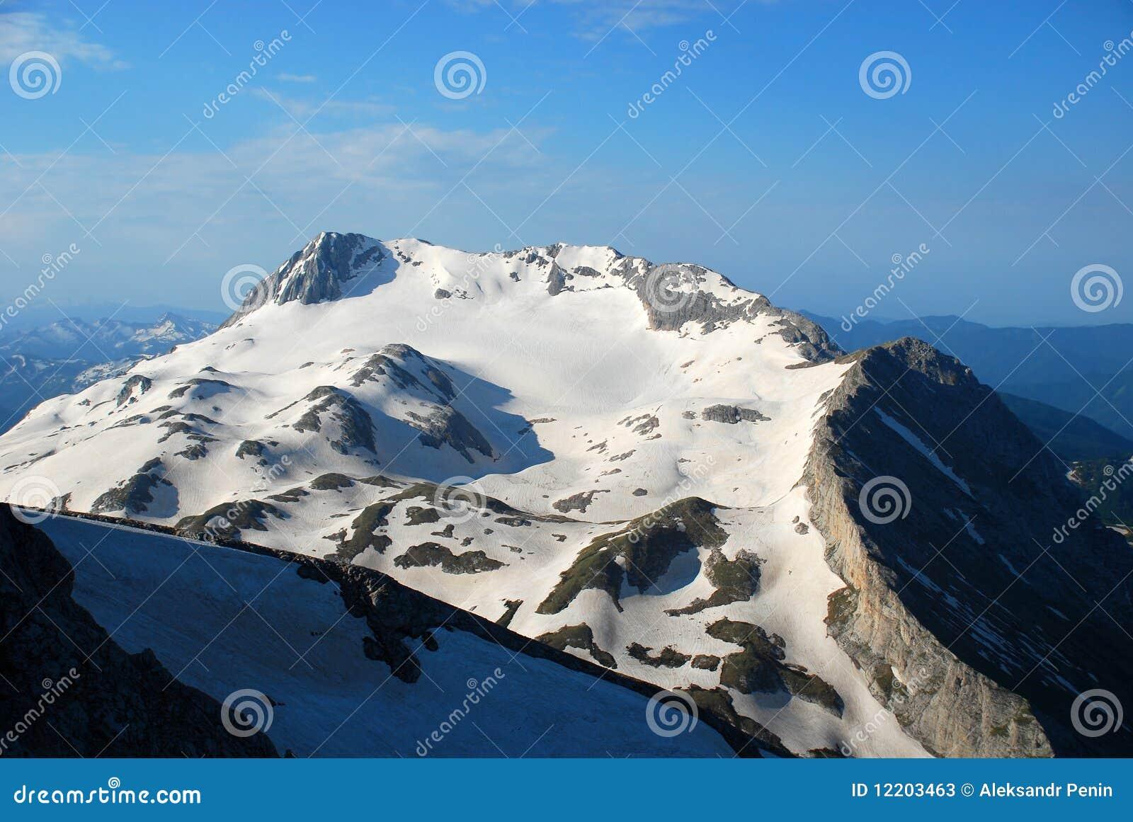 Berg in einem Farbton