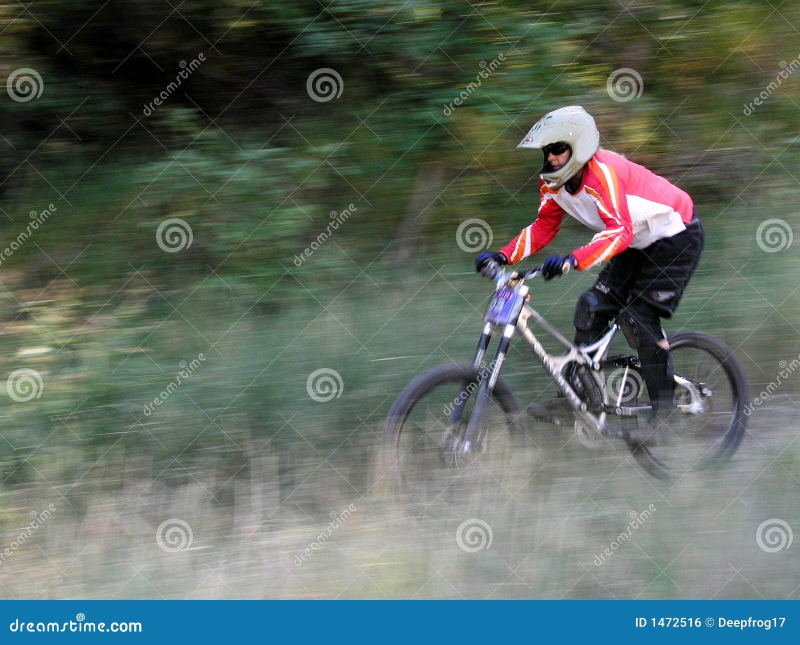 Berg för cykelblurrörelse