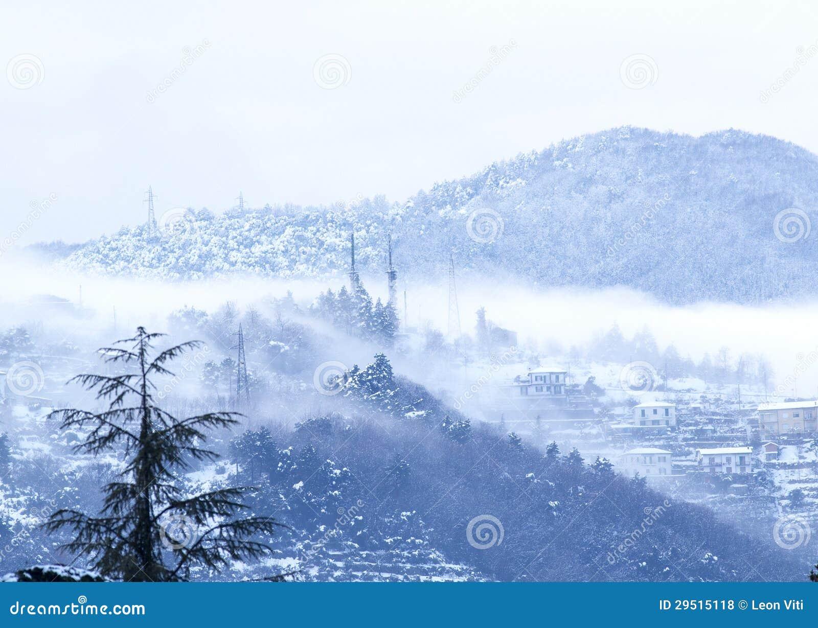 Berg met sneeuw